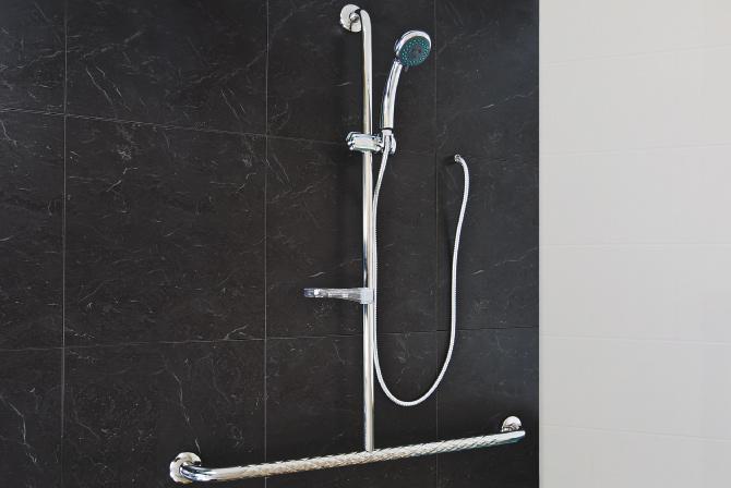 Stainless steel slide shower rail - SuperQuip | Stainless Steel ...