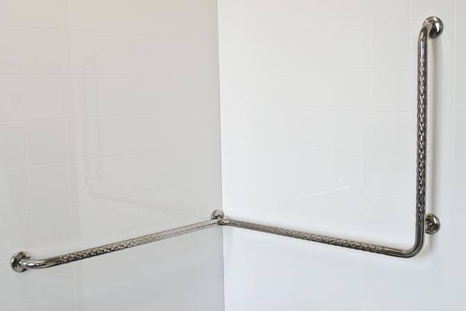 Corner Shower Safety Rail   Vertical
